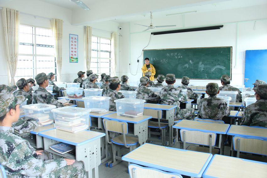 家长没有时间管理的孩子,如果能送到这些学校,对学习有帮助