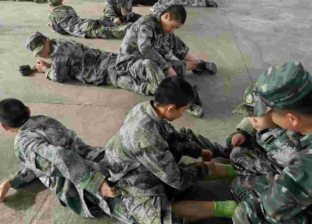 军训生活指南,团体按摩安排起来!(图1)